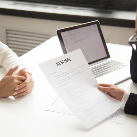 Rédiger un CV accrocheur : 4 bonnes pratiques