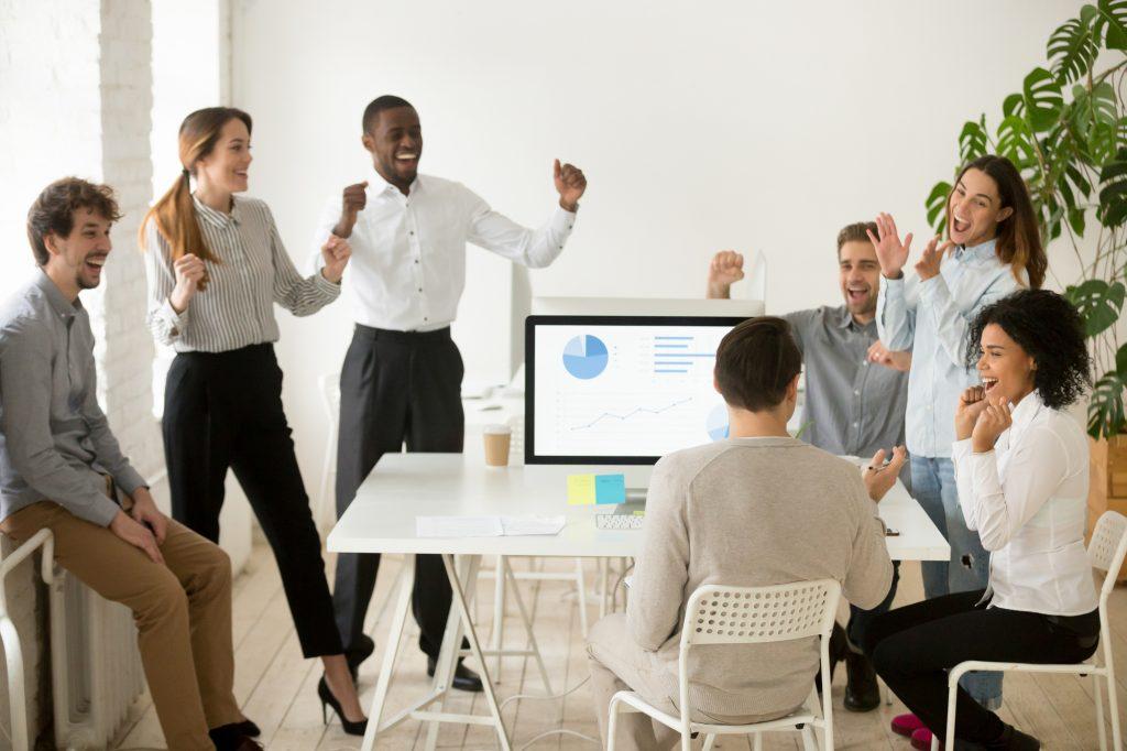 Améliorer la performance grâce au climat de travail libératoire : article par RH Mobilité, cabinet conseil en ressources humaines à Guipavas et Daoulas
